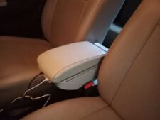 Alto 660cc Armrest with Multiple USB Mobile Charging Ports